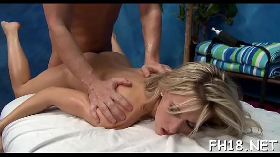 Gal next door facialed by her massage therapist