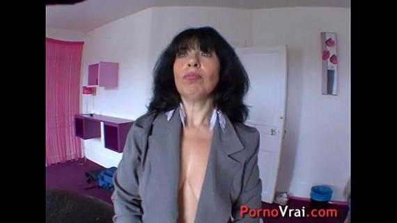 Mature hyper-sexuality my pussy is constantly wet! French amateur