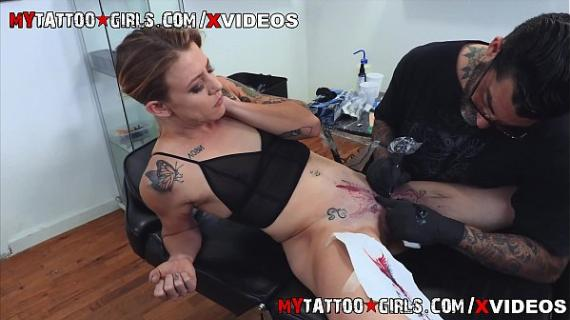 Leah Luv Gets Her Pussy Tattooed