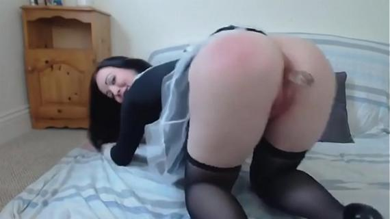 French Maid Striptease- jollycamgirls.com