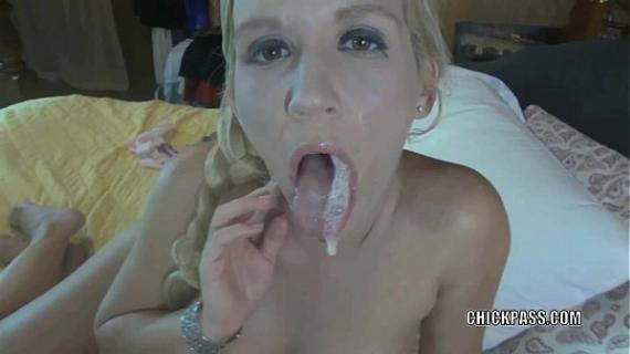 Slutty housewife Jolene blows a cock and gets a big facial